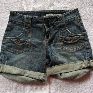 Pants - DKNY SHORTS